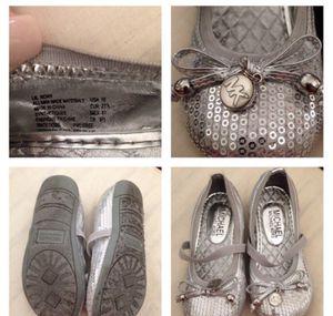 Childrens sz 10 Michael Kors shoes for Sale in Clovis, CA