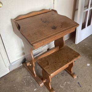 Flip Top Writing Desk And Stool for Sale in Woodbridge, VA
