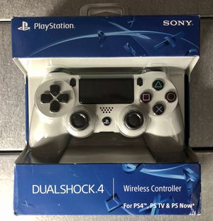 New! Sony DUALSHOCK 4 / Glacier White for Sale in Queens, NY