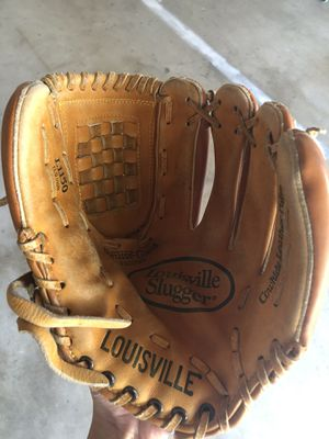 Louisville Slugger Baseball Glove L1150 for Sale in Garden Grove, CA