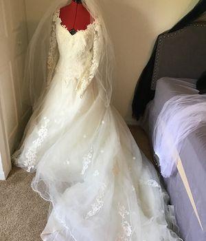 Wedding dress for Sale in Eagle Lake, FL