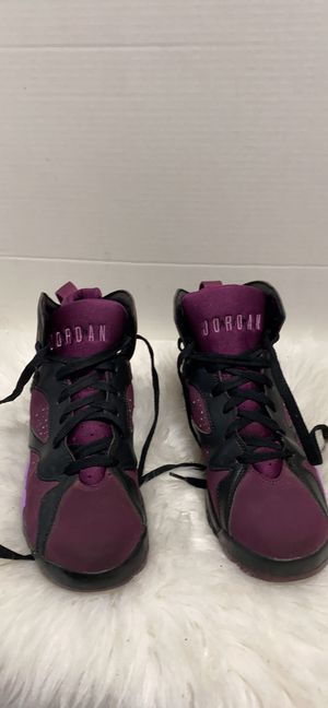 Nike Air Jordan 7 VII Retro Fuschia Glow Mulberry {contact info removed}.5Y Youth Purple for Sale in Dearborn, MI