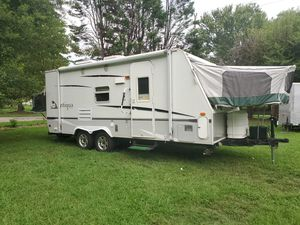 2005 23 ft Starcraft Antigua Expandable for Sale in Harrisburg, NC