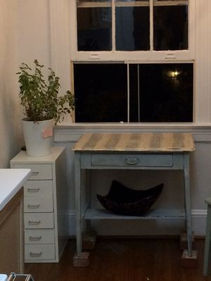 Hand painted vintage desk white and blue for Sale in Washington, DC