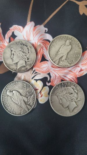 1922 and up Silver peace dollar LOT- 4/pc for Sale in North Ridgeville, OH