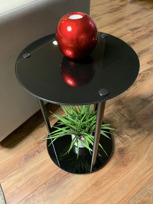 Metal /glass end table !!! for Sale in Vancouver, WA