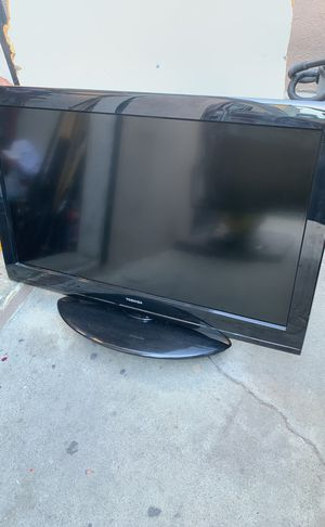 Toshiba tv for Sale in Los Angeles, CA
