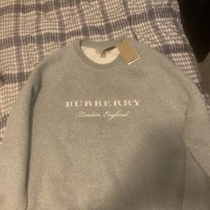 Burberry Crew neck for Sale in Chicago, IL