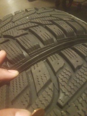 185/60/r14 HANKOOK Winter iPike RS. Snow/winter tires for Sale in Clifton, NJ