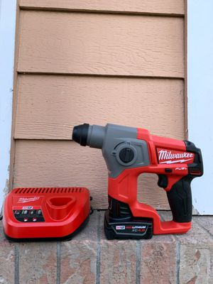 New Milwaukee M12 FUEL 12-Volt Lithium-Ion 5/8 in. Brushless Cordless SDS-Plus Rotary Hammer Kit W/ 4.0 Battery for Sale in Lake Stevens, WA