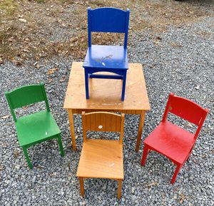 KidKraft Nantucket Child Children Kid Wood Table & 4 Chair Set for Sale in Chapel Hill, NC