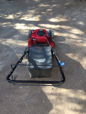 Craftsman lawn mower 6.25 for Sale in Canyon Lake, CA