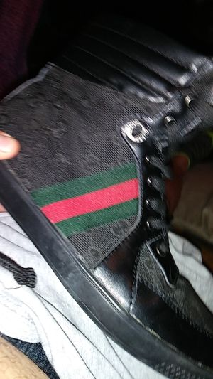 Gucci shoes size 9 hlf for Sale in Columbus, OH