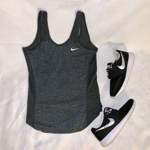 Nike Dri Fit Women Size M Grey Cheetah Print for Sale in Tacoma, WA