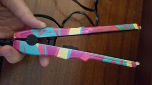 Mini hair straightener for Sale in Toms River, NJ