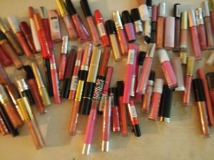 BRAND NEW lipglosses and stains for Sale in Nashville, TN