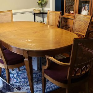 Dining Room Set for Sale in Stone Mountain, GA