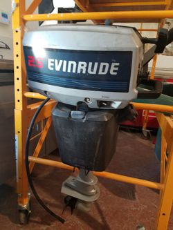 EVINRUDE 2.5 2.5hp 2 Stroke outboard motor engine marine boat dinghy tender skiff dingy sailboat fishing out board islands harbor emergencyJohnson for Sale in Los Angeles,  CA