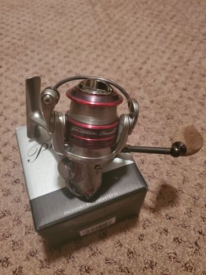 Pflueger spinning reel for Sale in Phillips Ranch, CA
