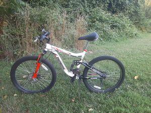 Mongoose mountain bike 26 inch for Sale in Philadelphia, PA