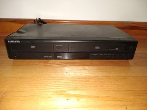 Samsung DVD-V5650B DVD VCR VHS Combo Player for Sale in Stickney, IL