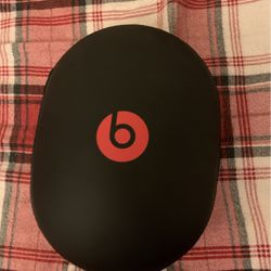 Beats Studio Headphones Bluetooth And Cable for Sale in Anaheim,  CA