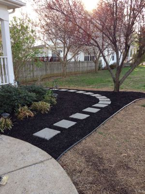 Flower bed,mulching for Sale in Spring, TX