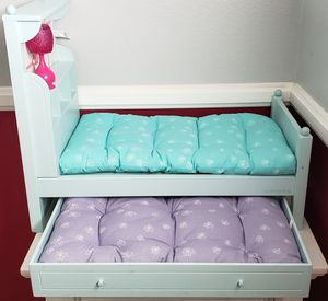 American Girl doll BOUQUET wood Trundle BED SET & BEDDING for Sale in Covina, CA