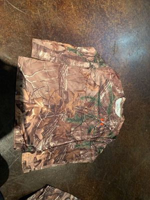 Under Armour Realtree Camo Heat Gear Shirt for Sale in Pflugerville, TX