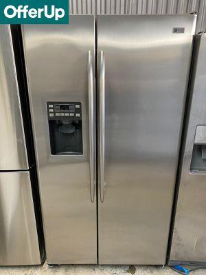 GE Side by Side Refrigerator Fridge 36 in. Wide #1265 for Sale in Orlando, FL