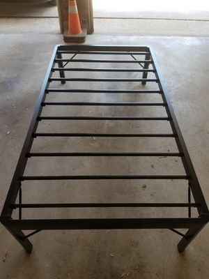 """18"""" high Dura Metal twin bed frame for Sale in Mansfield, NJ"""