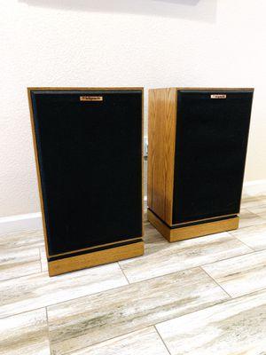 klipsch KG4 floor speakers for Sale in Turlock, CA