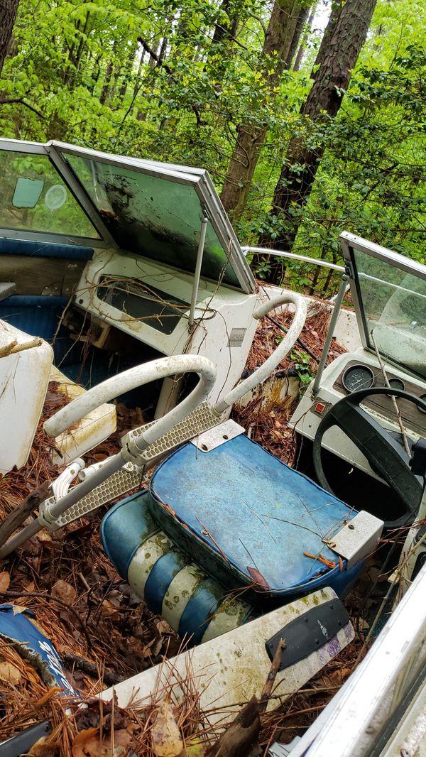 Boat wellcraft