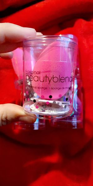 BEAUTY BLENDER for Sale in Phoenix, AZ