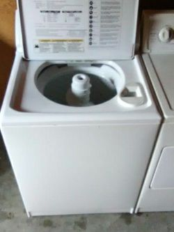 Washer made by Whirlpool for Sale in Mercer Island,  WA