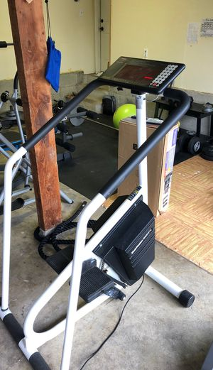 4000PT Stairmaster for Sale in Kirkland, WA