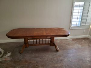 Dinning table for Sale in Fontana, CA