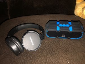 Bluetooth speaker and Bluetooth headphones for Sale in Fresno, CA