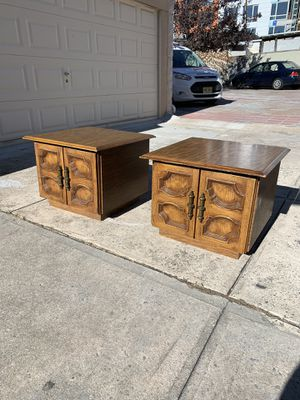 2 vintage side tables end tables for Sale in Brooklyn, NY