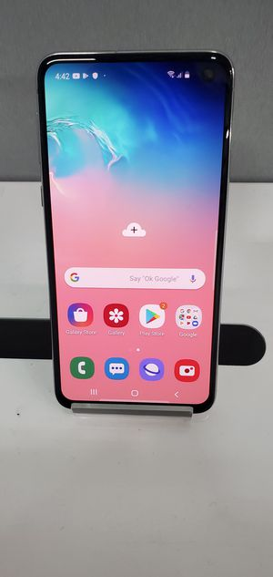 FACTORY UNLOCKED SAMSUNG GALAXY S10E for Sale in Fontana, CA