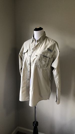 Columbia Adult S, fishing shirt for Sale in Nashville, TN