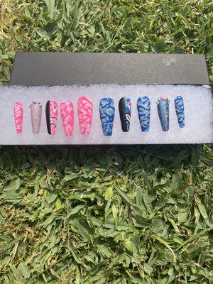 Press on nail set (please read description) for Sale in Compton, CA