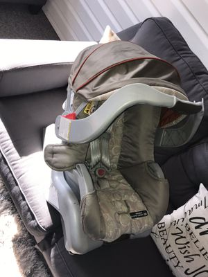 Car seat for sale best offer takes it.... open to negotiation just want gone. My baby has outgrown. for Sale in Allentown, PA
