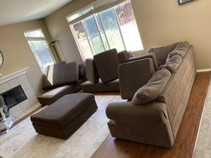 Beautiful brown sectional! for Sale in Riverside, CA