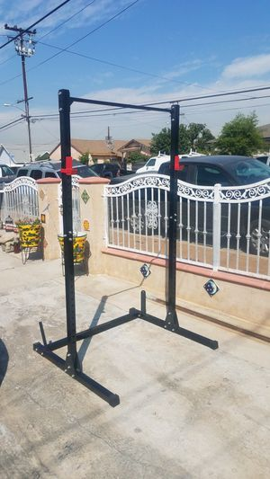 7 foot Half Rack Adjustable Squat /bench press with pull up bar and 2x J hooks 500lbs capacity BRAND NEW BOX for Sale in Montebello, CA