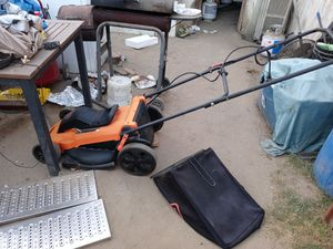 Electric lawn mower for Sale in Bakersfield, CA