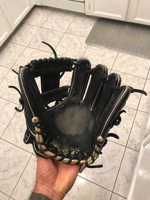 Rawlings Baseball Glove for Sale in Chula Vista, CA