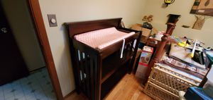Diaper changing table for Sale in Painesville, OH