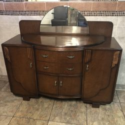 Beautiful , 1940 Art Deco Buffet With Mirror. Excellent Condition. Firm. for Sale in Fort Worth,  TX