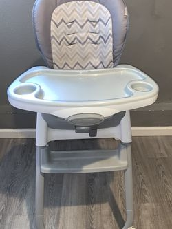 3 In 1 High Chair for Sale in San Jose,  CA
